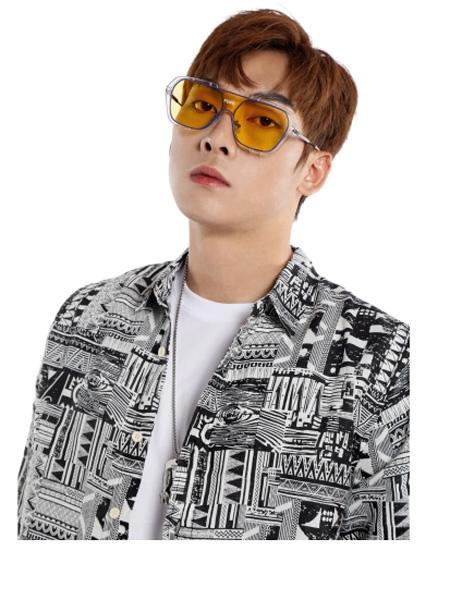 �戈�T男装品牌2021夏季潮流印画外套