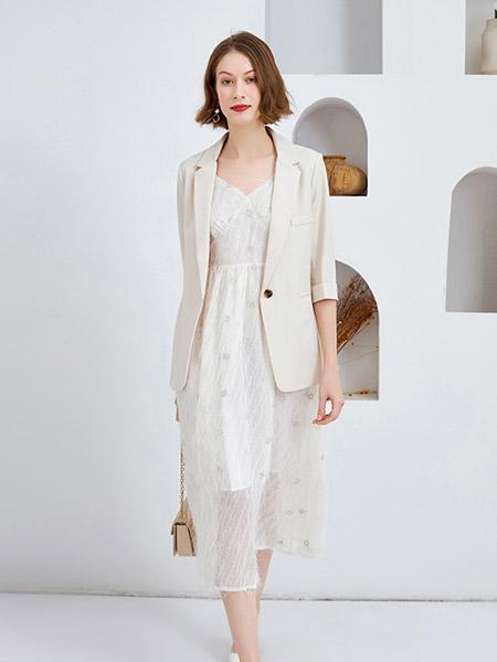 Feelfable感寓女装品牌2021春夏商务薄款西装外套