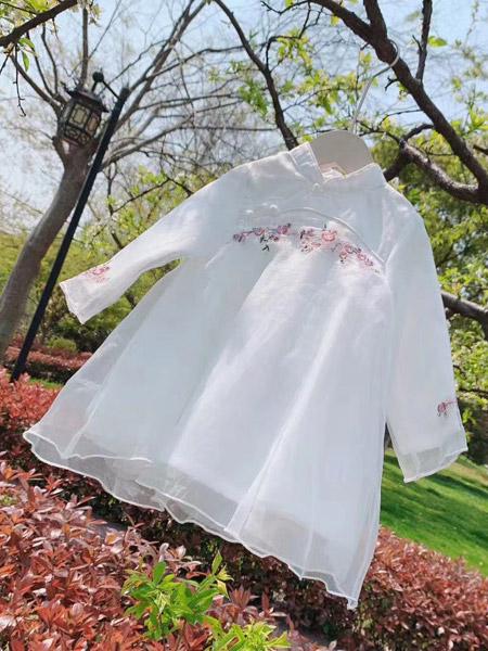 小嗨皮童装品牌2021夏季古风纯棉刺绣裙
