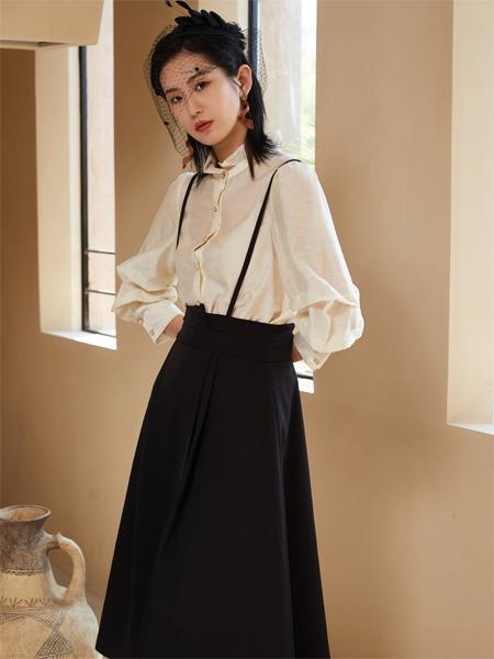 南耳女装品牌2021秋季百搭黑色吊带裙
