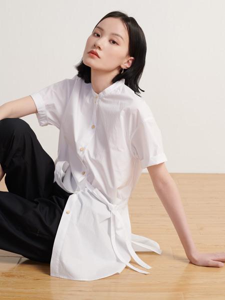 末未女装品牌2021夏季白色修身短袖衬衫