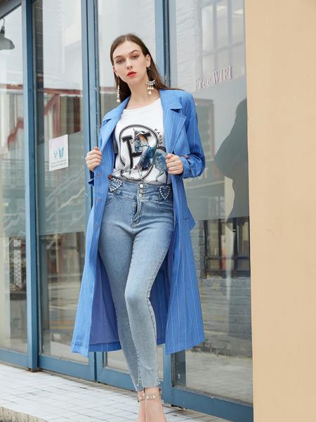 金蝶茜妮女装品牌2021秋季蓝色条纹衬衫风衣