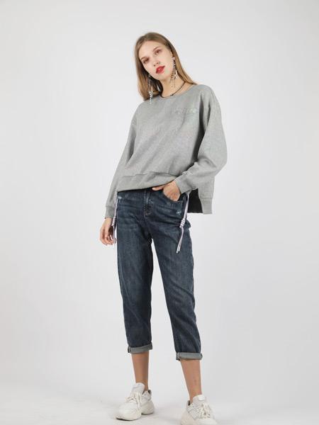 SASLAX莎斯萊思女裝品牌2021秋季純色圓領寬松上衣