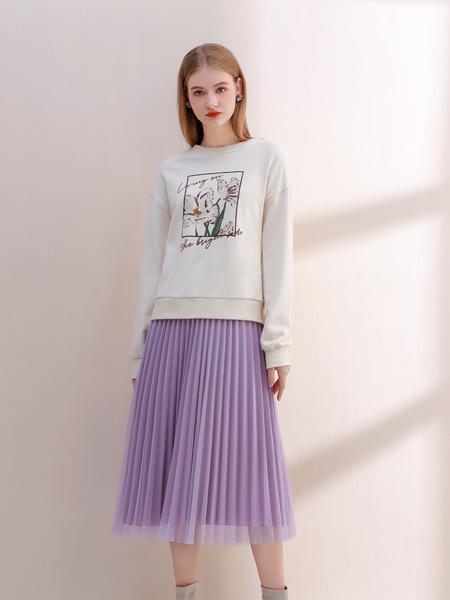 艾丽哲女装品牌2021秋季褶皱短裙套装