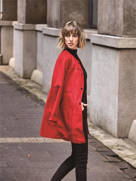 37°生活美學女裝品牌2021秋冬紅色圓領薄款襯衫外套