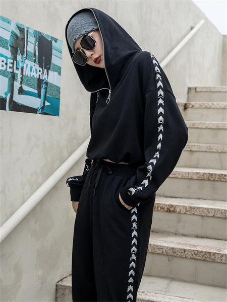 拓谷TUOGU原创设计师潮牌女装品牌2021秋季时尚连帽卫衣两件套