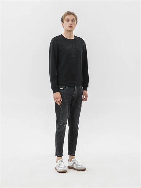 格度·佐致男装品牌2021秋季暗纹刺绣针织上衣