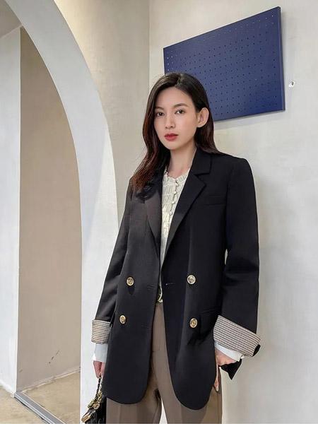 F.SHINE女装品牌2021秋季通勤风时尚黑色纯棉外套