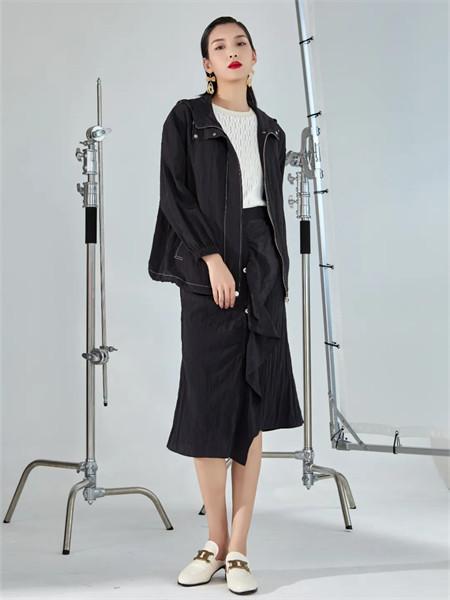 EATCH女装品牌2021秋季黑色休闲时尚薄款外套