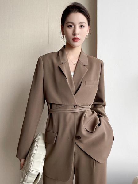 珂希莉女装品牌2021秋季修身翻领系带外套