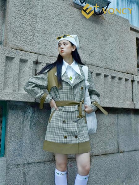 E+voncy女�b品牌2021秋季�典格子�y路翻�I�B衣裙