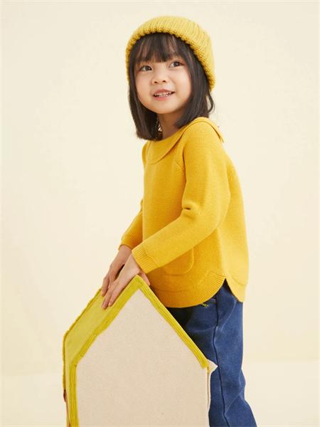 小猪班纳童装品牌2021秋季纯棉羊绒针织上衣
