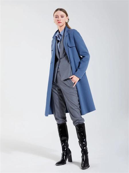 埃沃定制女装品牌彩38平台2021秋季长款纯棉加厚风衣