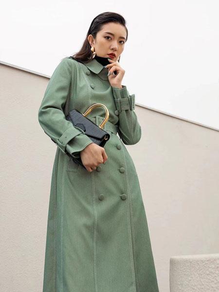 右立方女装品牌2021秋冬绿色长款衬衫领大衣