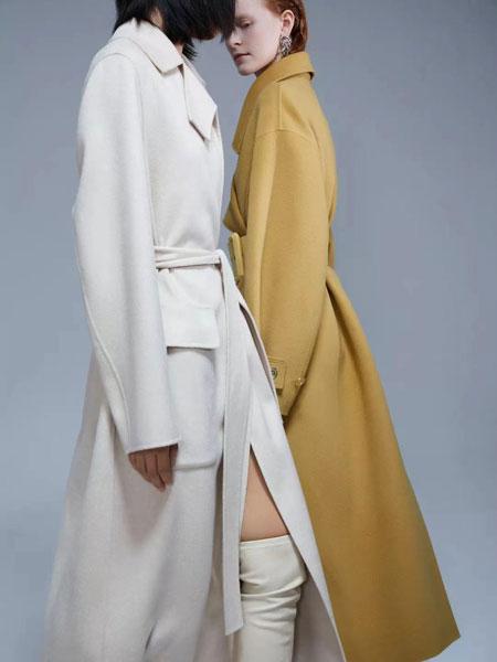 右立方女装品牌2021秋冬白色简约长款大衣